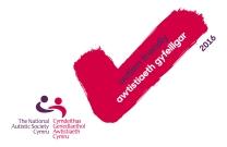 Logo 'Awtistiaeth Gyfeillgar' y Gymdeithas Genedlaethol Awtistiaeth